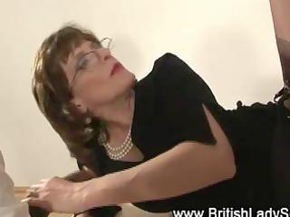 lady sonia measures cocks