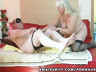 obese non-professional wife sucks and fucks on