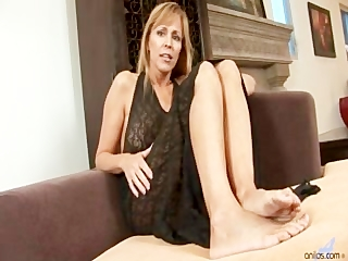 cougar milf nicole moore sucks and gets drilled