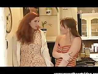 sexy red head lesbian mother i bonks friend