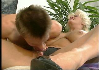 mature ladies still love penis