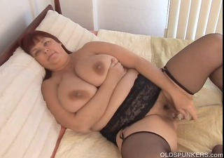 nice-looking busty mother i in nylons works her