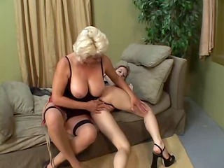 older and younger lesbian babes