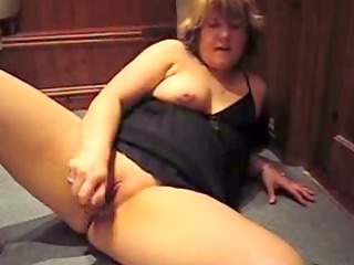 bulky mature doxy in nig