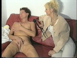 episodes in one...threesome,mature masturbation
