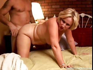 perverted aged honey molly gives a sloppy rimjob
