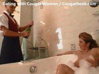 mature mother i cougar bonks with youthful guy